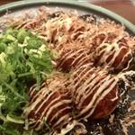 たこ昌 - 料理写真:ミックスたこ焼き(670円)