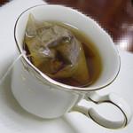 ヨシノリ コーヒー - 蒸らし中