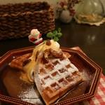 mori cafe - 塩バターキャラメルのワッフル