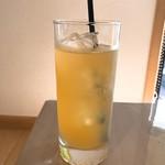 トランプ カフェ - りんごジュース