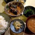 小料理野本 - 煮魚定食!
