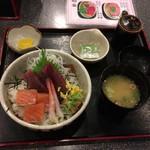 ゆるり - 海鮮丼700円