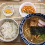 桔梗屋 - らーめん定食(にぼしらーめん)