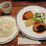 高坂サービスエリア(下り線)レストラン - 有名店監修のコロッケコラボ定食