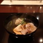 77059477 - 愛媛の猪、松茸の椀物