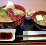 どんぶり亭 松本 - 三品盛りづけ丼 1000円