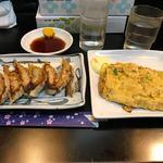 豚松 - 餃子と玉子焼き
