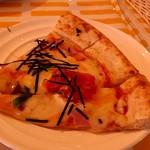 カフェ・スコーラ - 食べ放題のピザ