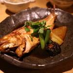 那古野 沢瀉食堂 - 本日の煮魚(いとより鯛)