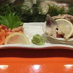 うまい鮨勘 - 「赤貝、ホッキ貝刺身」2,230円