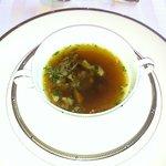 7707396 - オックステールのビーフコンソメ=野趣豊かな味わいでした。