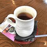 東京料理 ゑの木 - ランチセットのドリンク(贅沢な紅茶)