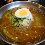 77078050 - 冷麺(1,100円)