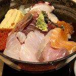 77079043 - 海鮮丼アップ