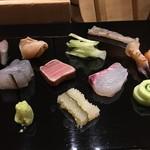 すし正 参玄 - お造りは、北海道ツブ、済州の真鯖、細魚、串木野の真鯛、中トロ、みる貝、縁側