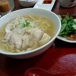 Kourien - 蒸し鶏ともやしのパクチーラーメン