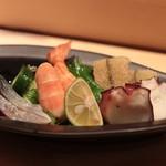 すし田 乾山 - 酢の物盛り合わせ