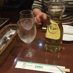 77083693 - 2017年11月。白ワインデキャンタ1200円。