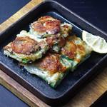 焼肉居酒家 韓の台所 - 《季節のおすすめ》牡蠣チヂミ