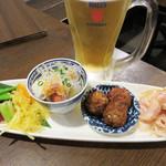 姪浜 門際飯荘 - 小さな前菜四種盛り合わせ。