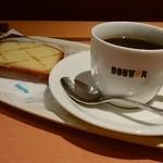 ドトールコーヒーショップ - レモンパウンド、ホットコーヒー