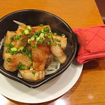 日本酒バル YODARE - 豚トロジンジャー