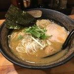 麺屋 武一 - 濃厚鶏骨醤油そば780円
