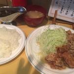 ラホール - 唐揚げとスタミナ焼き定食