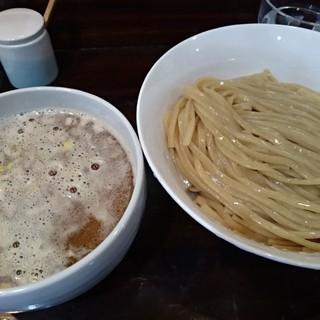 桐麺本店 - 料理写真:醤油つけ麺