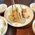 串揚 やまと - 串あげ定食(900円)