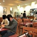 純中国伝統料理四川料理 芊品香 - 内観