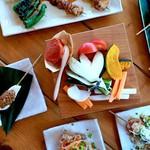 ikkai - こだわりの食材で串揚げ串焼きを数多く揃えています。