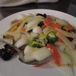 77104751 - 「八宝菜(さっぱり八種の野菜炒め)1,000円(税別)」