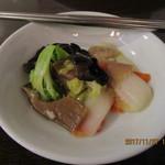 77104753 - 「八宝菜(さっぱり八種の野菜炒め)1,000円(税別)」