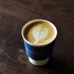 ザ ブリュワーズ ヒライズミ - ブルワーズコーヒーのカフェラテ