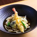 山梨ほうとう 浅間茶屋 - 海老と野菜天のおうどん