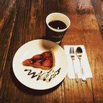 ザ ブリュワーズ ヒライズミ - イチゴのタルトケーキセット