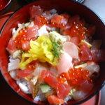 お米屋さんの寿司屋 桜 - はなやぎ丼アップ