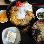 徳次郎食堂 - 海老カツどん
