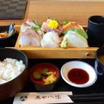 原田八幡 - お刺身御膳 1000円ぽっきり デザート+ドリンク付