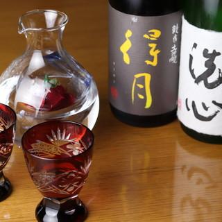 至極の料理に相応しい、洗練された銘酒をご用意