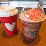 スターバックスコーヒー - ドリンク写真:クリスマスブレンド、クリスマス ラズベリー モカ フラペチーノ