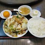 栄華楼 - 回鍋肉定食