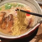 麺匠 たか松 - 麺上げ