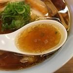 一番いちばん - 生揚げ醤油が効いたスープ