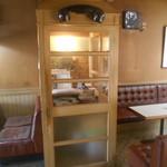 喫茶 まつば - 昔店内にあった電話ボックス