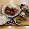 米乃家 de ごはん - 料理写真:唐揚げ定食(820円)