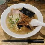 ラーメンヨシベー - 中華(塩)¥620-