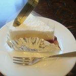 7713535 - レアチーズケーキ(300円)