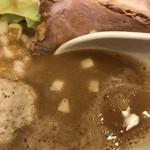 力皇 - 力皇らーめん(780円)スープ